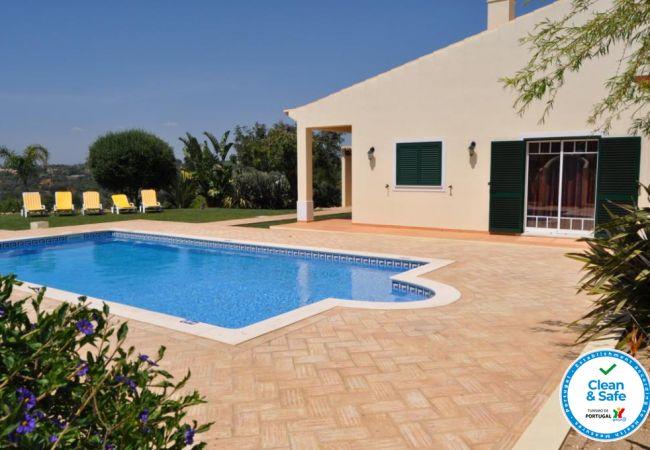 Villa em Guia - Villa Grade OCV - Perto Zoomarine